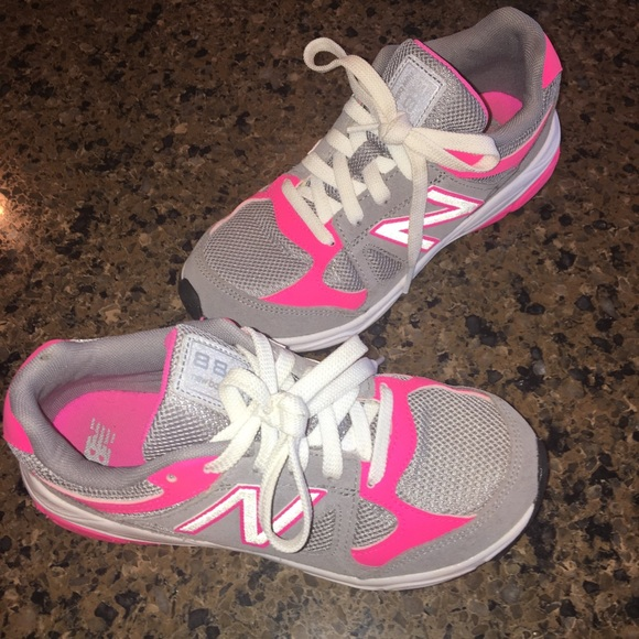 def7b9e39ca44 New Balance Shoes | Girls Pinkgraywhite | Poshmark
